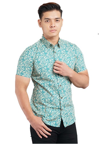 UA BOUTIQUE green Short Sleeve Shirt Batik SSB115-071 (Green/ Brown) A4EB4AABC63167GS_1