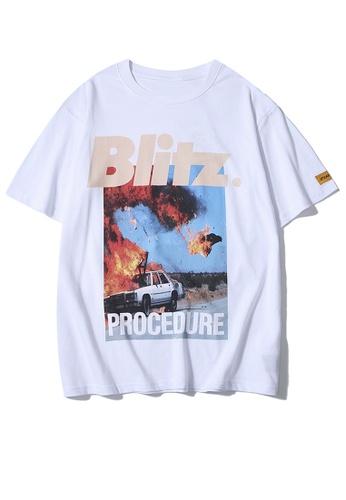 HAPPY FRIDAYS 爆炸場景印花短袖T恤 UP8020 B5F81AA06DEE7CGS_1