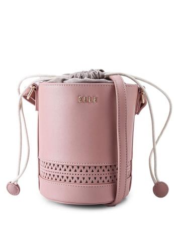 ELLE pink Jade Bucket Bag 96665ACE6383EEGS_1