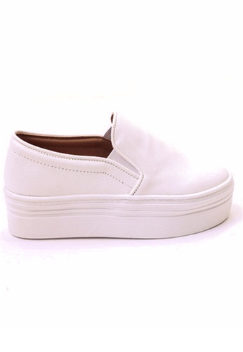 Crystal Korea Fashion 白色 韓國製純色百搭厚底休閒鞋 04AD6SHB119827GS_1