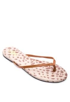 Betsy Flat Slides