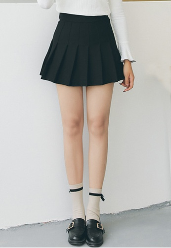 Shopsfashion Pleated Mini Skirt in Black 0FA11AAF41CB38GS_1