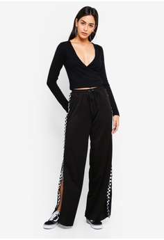 e7ac9b1ca01 60% OFF MISSGUIDED Knitted Wrap Top RM 158.00 NOW RM 62.90 Sizes 10 ·  MISSGUIDED black One Shoulder ...