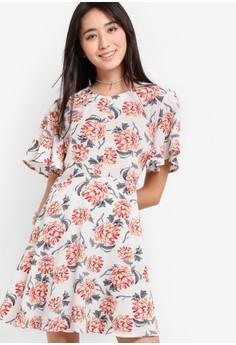【ZALORA】 LOVE 花卉印花短袖起褶連身裙