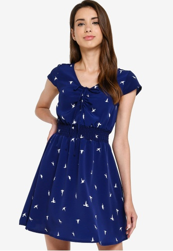 Something Borrowed 藍色 Smocked 腰圍 修身喇叭裙裁剪 洋裝 77B5BAAD87D95CGS_1