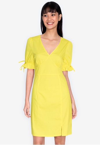 ZALORA BASICS yellow V Neck Puff Sleeve Dress 79A5FAA66CD836GS_1
