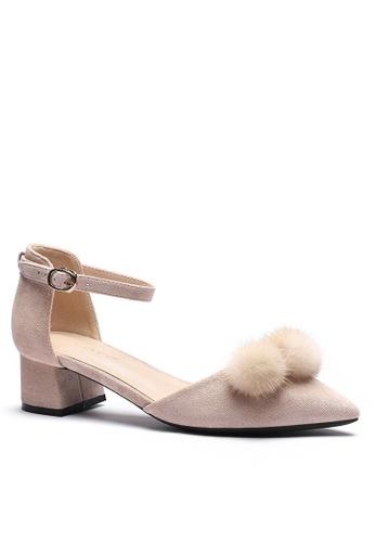 Twenty Eight Shoes Fur Ball Strap Mid Heel 166-31 D6043SHFDB13A9GS_1