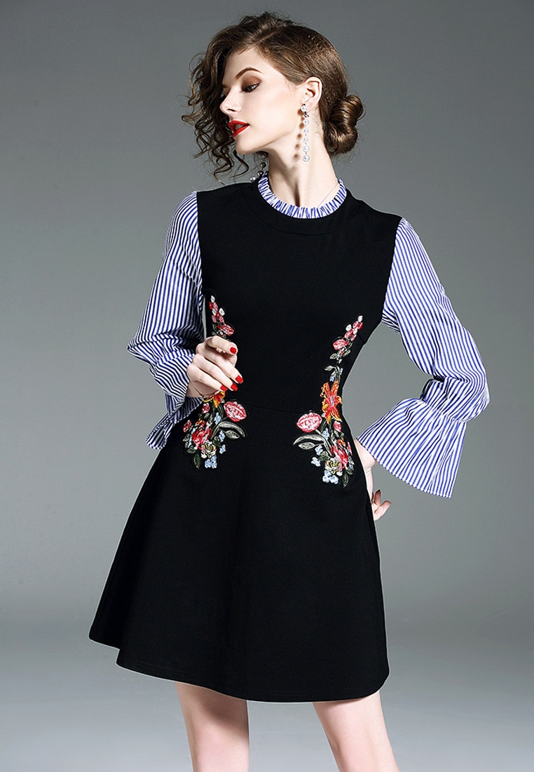 2018 One Sleeve Black Embroidery Flare New CA043039 Dress Black Piece Sunnydaysweety rftqwXtn