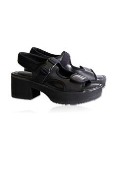 0fa847e39c7c Yoke   Theam Ace Sandal RM 250.00. Sizes 36 37 38 39 40