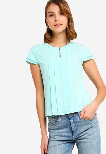 ZALORA 綠色 褶飾上衣 270F0AA7D25795GS_1