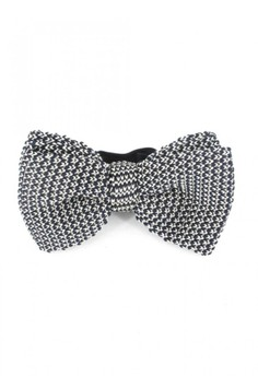 Benny Knitted Bow Tie