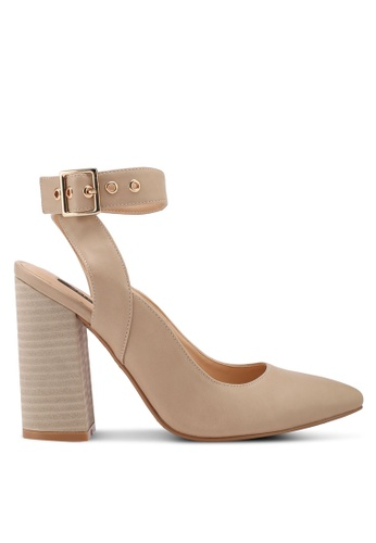 ZALORA beige Stacked Detail Chunky Heels E66A4SH66527D0GS_1