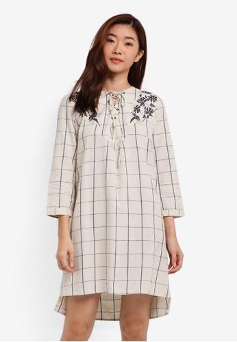 ZALORA white Cross Front Check Dress 8E74BAAA858408GS_1