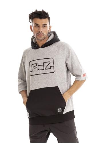 RYZ grey RYZ Grey Short Sleeve Pullover. 498CBAA0CAC2F0GS_1