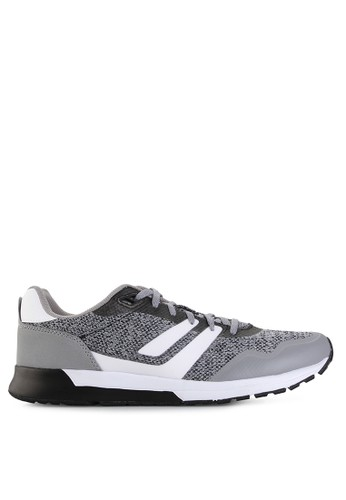 League white Strive Lite Bw Sneaker LE825SH58PTHID_1