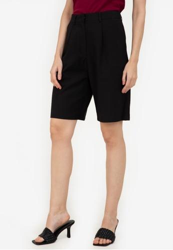 ZALORA WORK black Knee Length Shorts D887BAAE4C35DEGS_1
