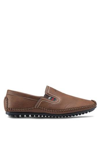 Louis Cuppers brown Classic Slip Ons LO977SH79ZJSMY_1