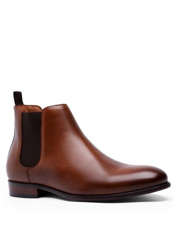 Twenty Eight Shoes brown Henessy Leather Chelsea Boot M6781 439CFSH6667EE1GS_1
