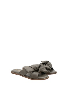 c63c534123ebe 50% OFF SEMBONIA Synthetic Leather Flat Sandal (Dark Green) RM 149.00 NOW  RM 74.50 Available in several sizes
