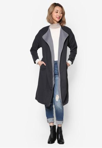 撞色翻領腰帶長版外套, 服zalora 內衣飾, 外套