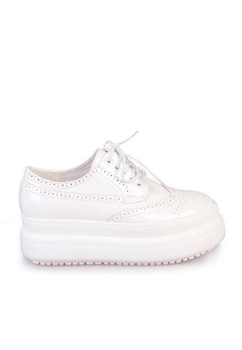 Sunnydaysweety white Big Sale Item - 2017 New Stylish Carved Strap Platform Shoes C03253W SU219SH0FAKPSG_1
