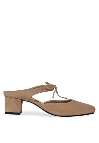 Urban Looks brown Sidney Mocha Suede Mid-Low Heels UR829SH0V9CFID_1