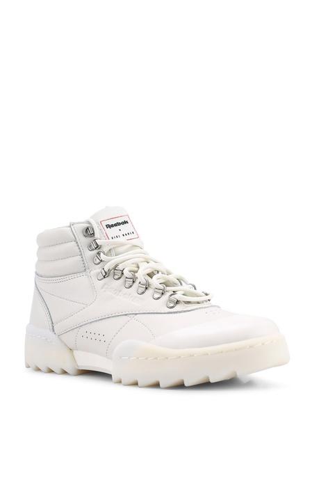 Buy REEBOK Footwear   Apparel Online  c0868fe2d