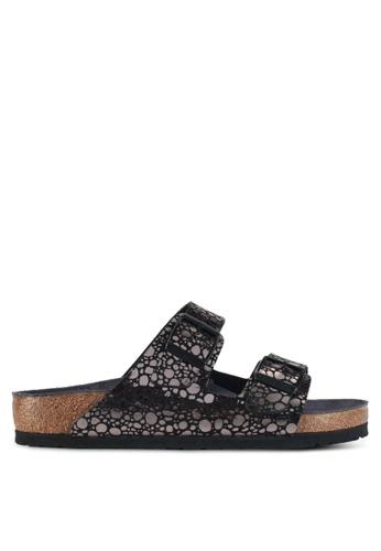 a465eb101e08 Birkenstock black Arizona Sandals 64E73SHDAFCEEFGS 1