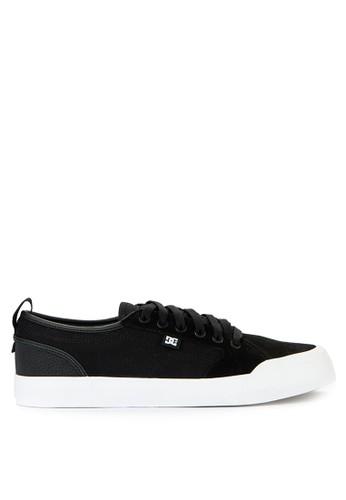 DC black Evan Smith S 3B114SH6A6715AGS_1
