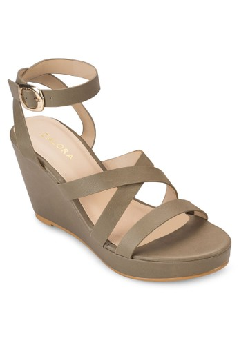 多帶厚底楔型鞋、 女鞋、 鞋ZALORA多帶厚底楔型鞋最新折價