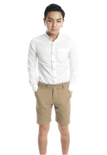 Praise brown Solid Colored Shorts PR067AA57KKOSG_1