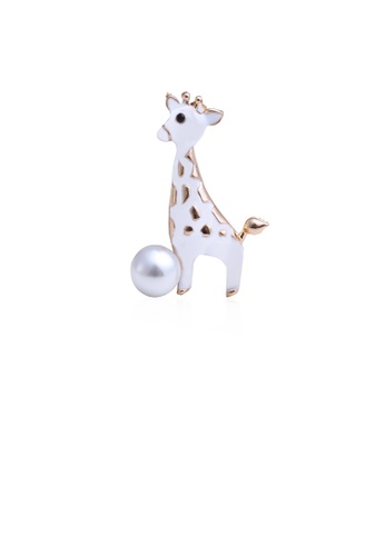 Glamorousky white Fashion and Elegant Plated Gold White Giraffe Brooch with Imitation Pearls 06DD4AC3DC007FGS_1