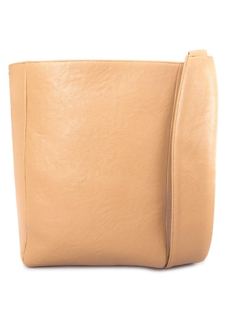 Quinton Sling Bag