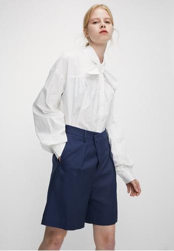 URBAN REVIVO blue Casual Shorts 1BCE5AA75884A7GS_1