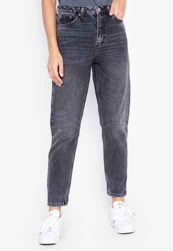 32e603c0918b4 TOPSHOP black MOTO Washed Black Mom Jeans (Short Fit) 434C7AA55B6D5FGS_1