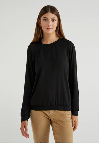 United Colors of Benetton black Round Neck Crepe Blouse B8294AAED9ACB9GS_1