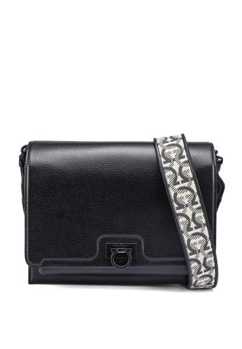 Ferragamo black Trifolio Shoulder Bag (zt) B1CB6ACD934315GS_1