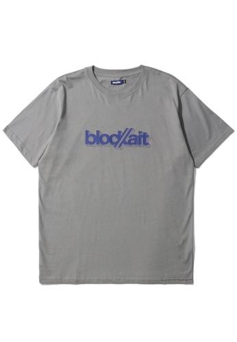 BLOCKAIT grey 3D graphic logo tee 70D61AADE314E5GS_1