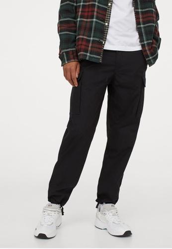 H&M black Regular Fit Cargo trousers 499AAAAA7ED4A5GS_1