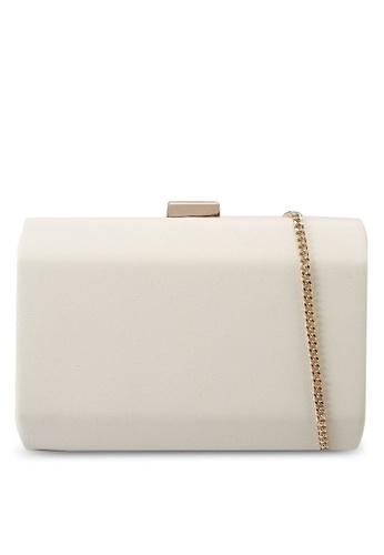 Forever New beige GiGi Faceted Hardcase Clutch C6A55AC5E788B3GS_1
