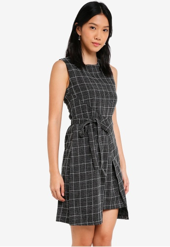 ZALORA black Self Tie Formal Dress 6EFE1AA1CC7596GS_1