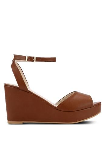 ZALORA 褐色 露趾繞踝楔型鞋 AB247SH81BDA6EGS_1