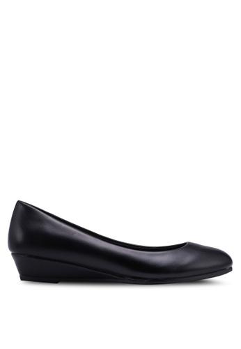 Bata 黑色 經典楔型鞋 D057ASH9310331GS_1
