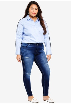 95c6d72e8f1 63% OFF Only CARMAKOMA Plus Size Carma Reg Skinny Jog Jeans S  85.90 NOW S   31.90 Sizes 48R · Only CARMAKOMA black Lace Long Sleeve Top  9C7BBAA450FF12GS 1