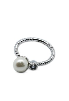 Pearl Ring (with gift box)