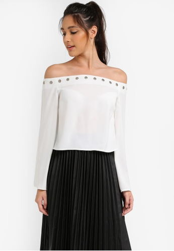Something Borrowed white Off Shoulder Popper Top 5DDF9AA06C4628GS_1