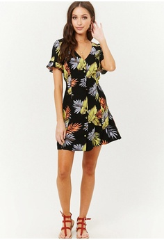 16d2ab6d4cfa FOREVER 21 Tropical Leaf Print Mini Dress S$ 32.90. Sizes S M L