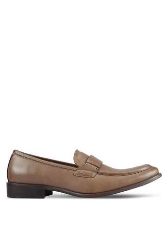 ZALORA brown Contemporary Faux Leather Dress Loafers F5E52AA8BA654FGS_1
