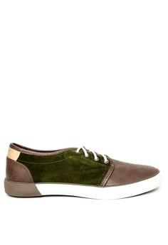 Hemingway Sneakers