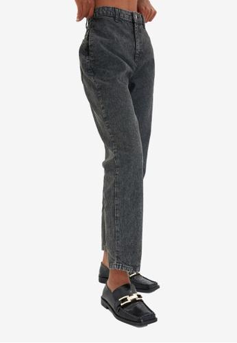 Trendyol grey High Waist Mom Jeans 4AFB2AAE80719FGS_1